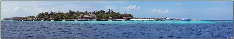 Vues panoramiques de Moofushi à partir de bateau - Atoll d'Ari - Maldives