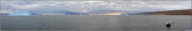 Panoramas sur Qaanaaq (ou New Thule, aussi faussement appelé Thulé, base américaine qui se trouve à une centaine de km) et son environnement - Groenland