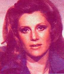 1980, perles et plumes.