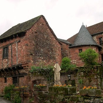 collonges-la-rouge en limousin