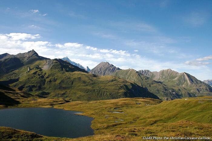 Mont Blanc - Circuit Touristique Du Toit De L'Europe -  Par Dominique Le Brun Du Magazine Détours En France -