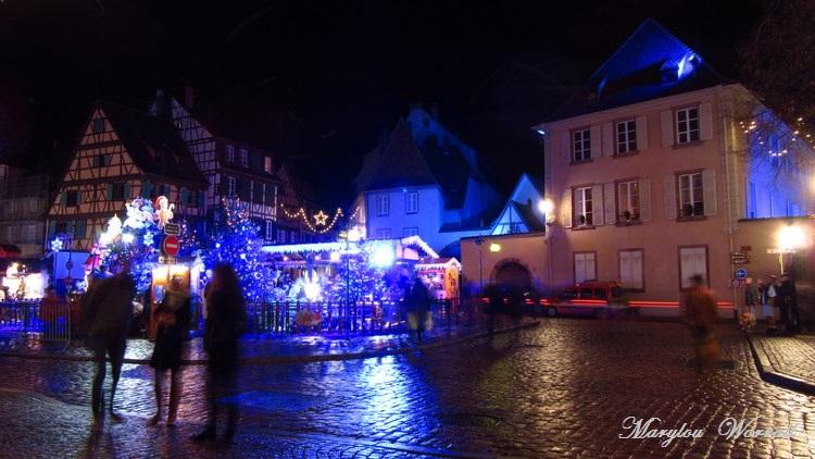 Au temps des marchés de Noël : Place des six montagnes noires