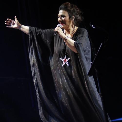 La voix profonde et intacte d'Eleni Vitali * Ελένη Βιτάλη
