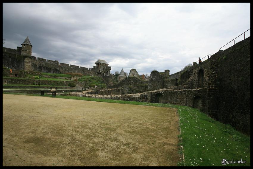 Fougères : Le château serie 2