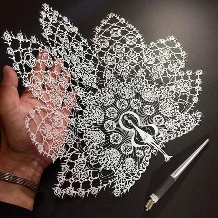 magnifiques œuvres en kirigami l'art du découpage ....... de Mr Riu,
