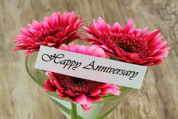 Unique Flower Bouquets Make the Best Expression of Love on Anniversaries