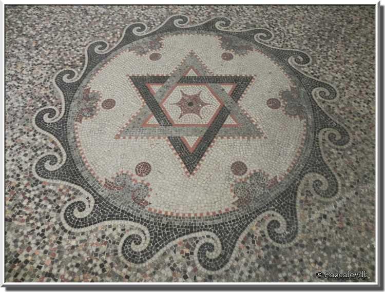 L'intérieur de la Grande Synagogue de Bordeaux
