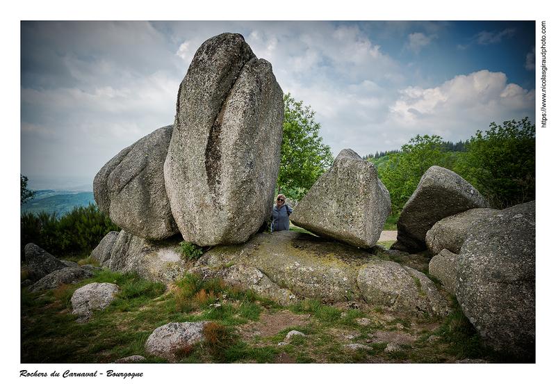 Curiosités en Saône et Loire: menhir et chaos rocheux