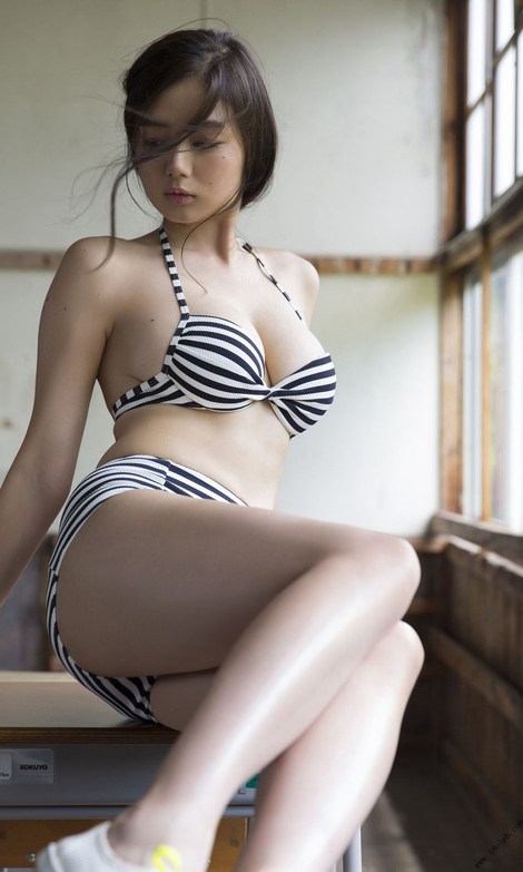 WEB Gravure : ( [Digital shupure photo collection] - Moemi Katayama : 見つけてしまった……/Finally find...... )