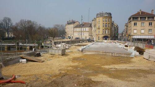 La saignée : entre l'ancienne gare et l'hôpital Belle-Isle