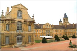 888 - Cluny et son Abbaye !