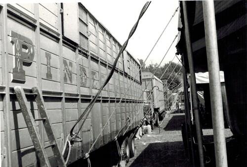ambiances Noir et Blanc au cirque Pinder JR années 74-75