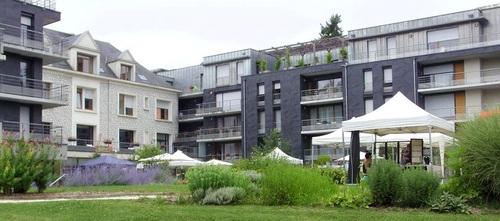 1er marché d'été le 8 juillet 2017 au Domitys d'Amboise