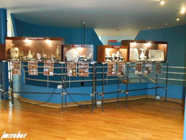 Alors pour faire à la Canicule de ses jours-ci, l'option visite de Musée climatisé 2/2