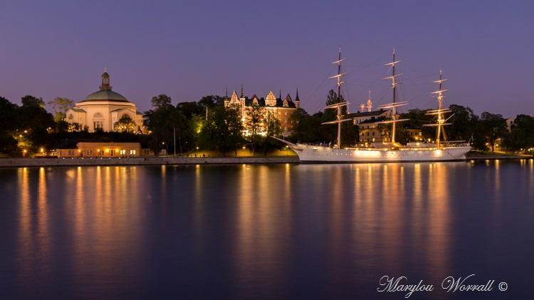 Suède : La nuit tombe sur Stockholm