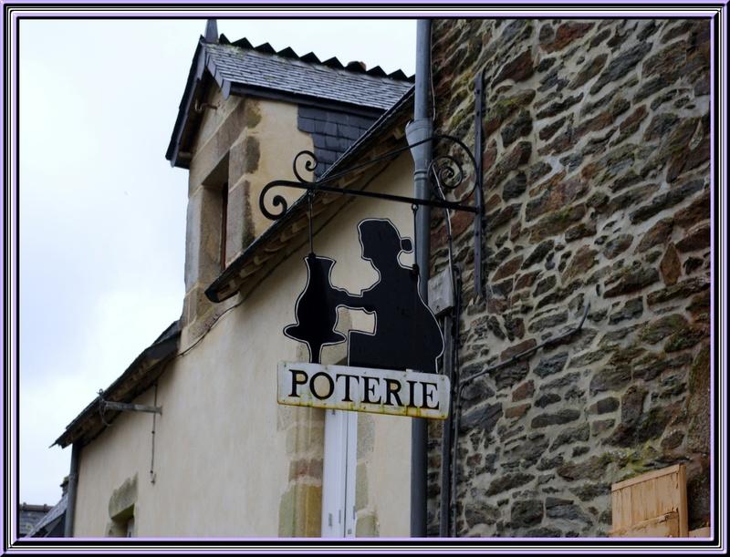 Suite de Rochefort en Terre ..............les enseignes