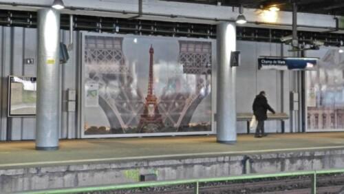 quai-Champ-de-Mars-Tour-Eiffel.jpg