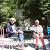 café dans la cour jardin de notre appart