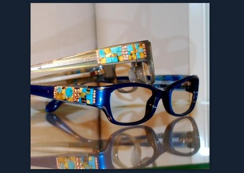 lunette bleue avec incrustation de Turquoise véritabe