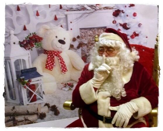 La vraie tenue du Père Noël ...