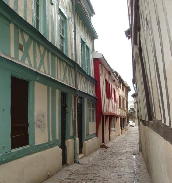 Rouen--rue-du-Pont-a-Dame-Renaude.jpg