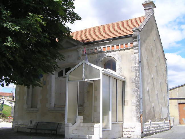 Mairie d'Anville - Anville (16170) - Charente