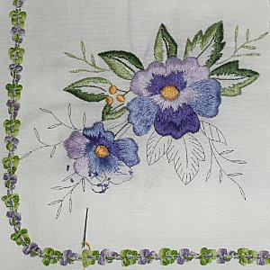 broderie traditionnelle,,,,,pensée