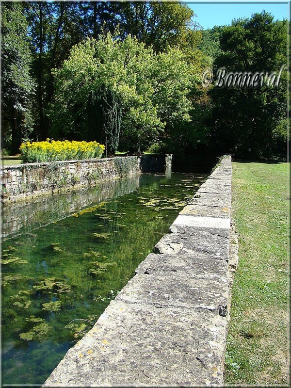 Abbaye de Beaulieu-en-Rouergue Tarn-et-Garonne le Grand Vivier