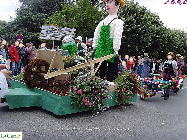 fete des fleurs 19 06 2011 LA GACILLY 010