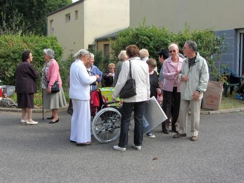 Le vide-greniers de la maison Mutualiste de la Charme à Châtillon sur Seine...