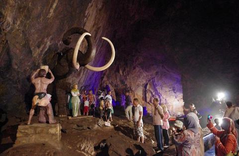 Les Grottes Merveilleuses