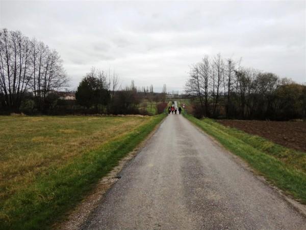 Marche-vers-le-Hameau-Haut.JPG
