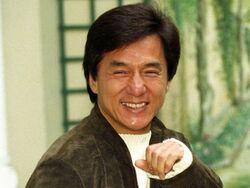 Jackie Chan : 62 ans,  L'acteur-chanteur-scénariste-réalisateur-et producteur, mais aussi co-fondateur d'une écurie de course automobile.