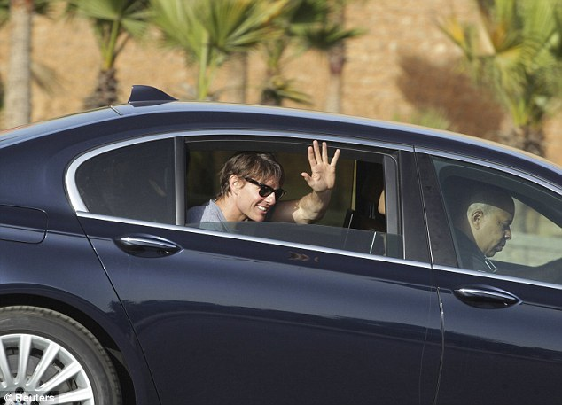 Photos Tom Cruise arrive au Maroc pour tourner Mission Impossible 5