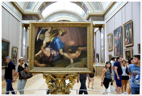La Grande galerie au Louvre.