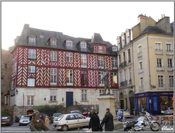 Place_du_Champ_Jacquet_2