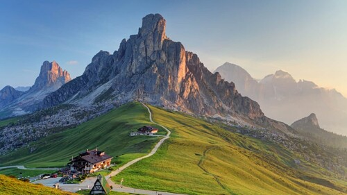 DOLOMITES (Italie) Time. Most Inspirational Video  (Documentaires)