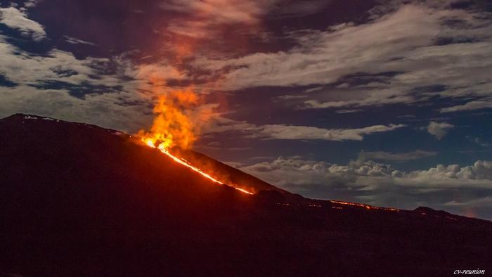 Éruption du Piton de La Fournaise - le 04 février 2015