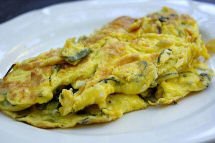 Omelette aux asperges sauvages - La p'tite cuisine de Pauline