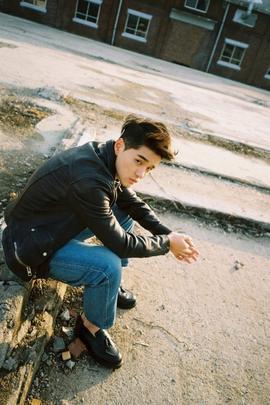 95) Kpop Dean