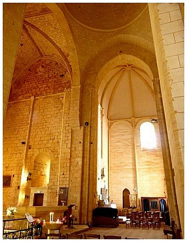 interieur-eglise-1.jpg