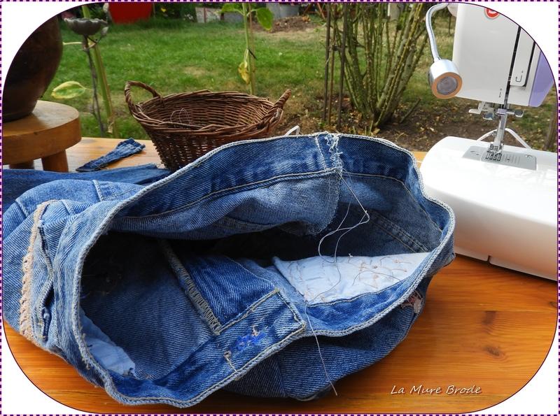 sac en jean's ,,, avec un pantalon trop petit