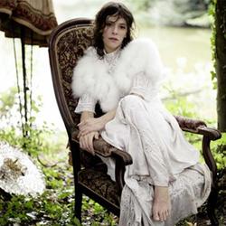 105. Emily Loizeau - chanteuse