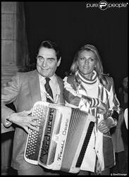 27 avril 1982 : On voit sur la Seine la chanteuse qu'on aime...