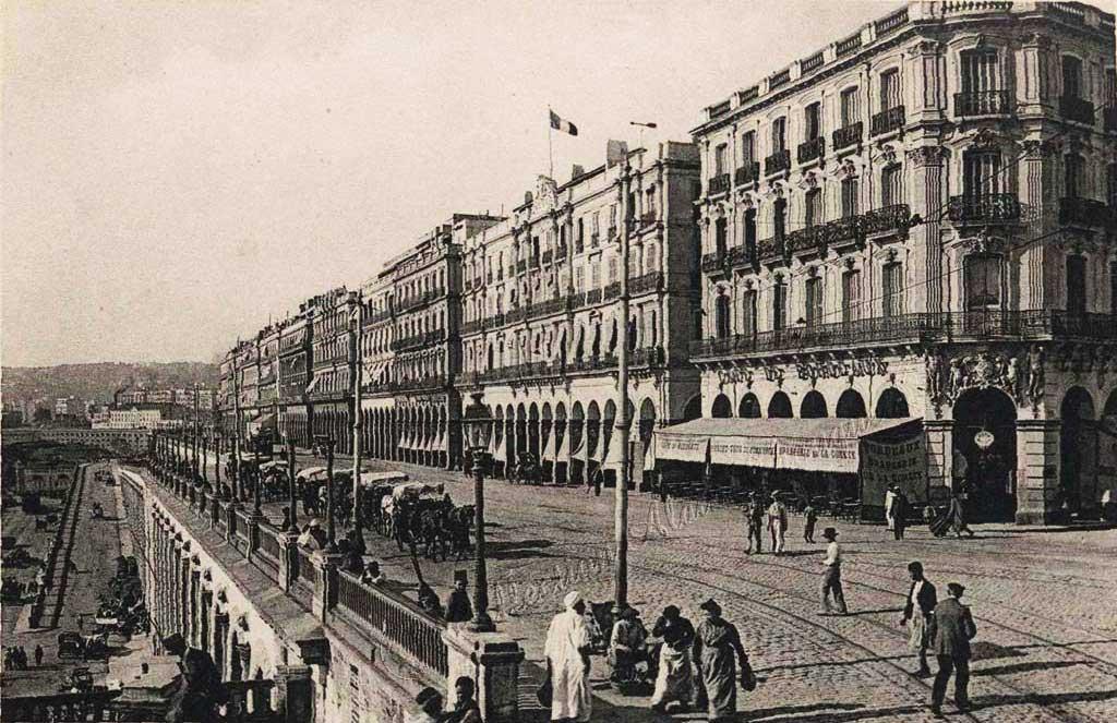 Le Boulevard de la République