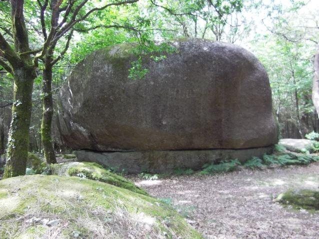 rocher-de-Kervadail.jpg