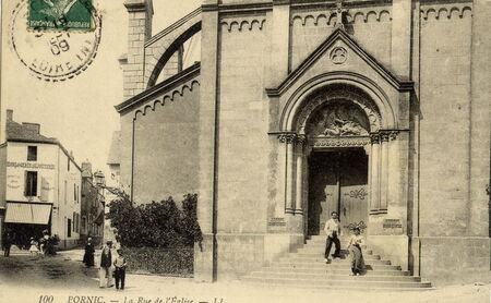 la_rue_de_l_eglise_dat___1909