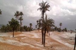 La Neige dans le désert ..!
