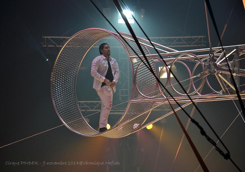 Cirque Pinder dans Pinder fête ses 160 ans ! La roue de la mort des frères Navas