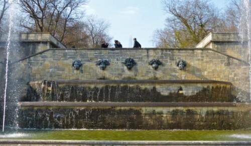 Sceaux mascaron fontaine Rodin 90804